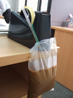 金魚袋コーヒー